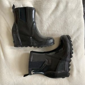 Sorel Rain Booties Size 7